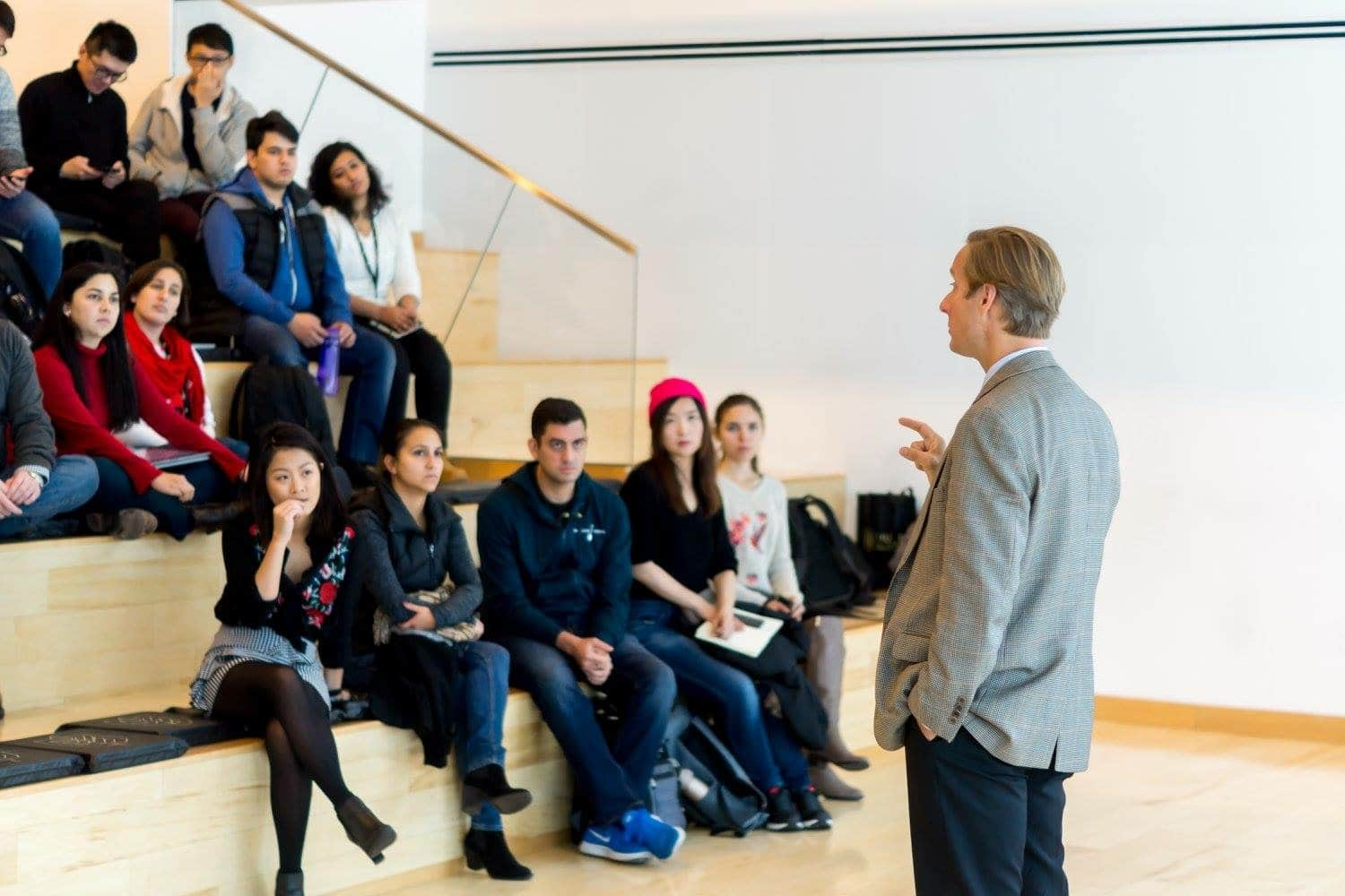 A multicultural classroom at Hult