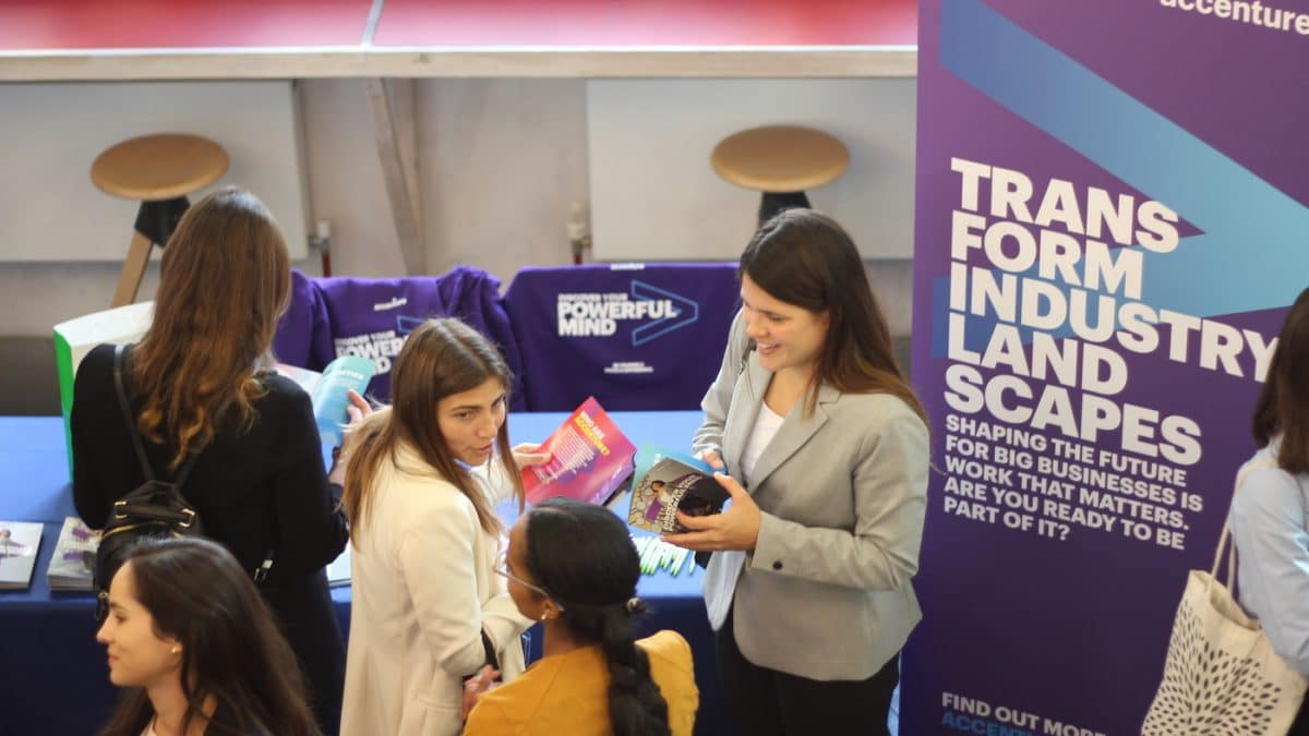 Networking on campus: Hult London hosts Career Connections Forum