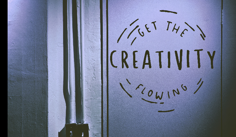 Creative thinking: What it is and how do you build this leadership skill?